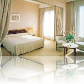 Hotel Plaza**** 2